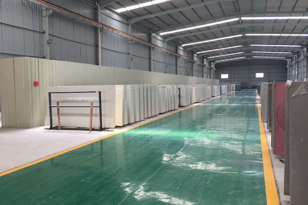 Artificial quartz slab warehouse in China